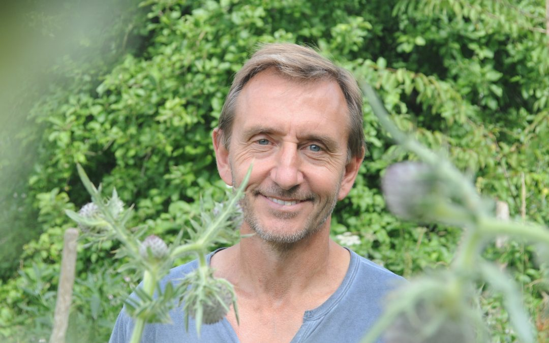 04 Mar – Green Books – Dave Goulson on gardening to save the planet